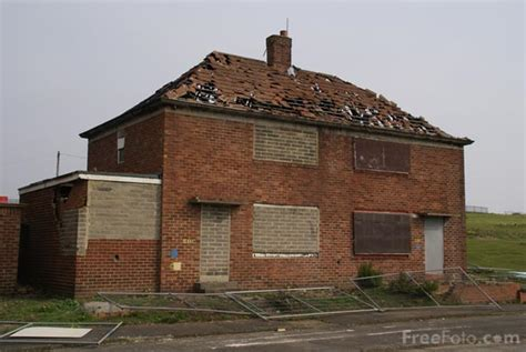council house derelict council house pictures free use image 11 23 39 by freefoto com