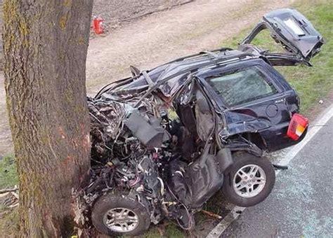 imagenes impresionantes de accidentes autos destruidos im 225 genes taringa