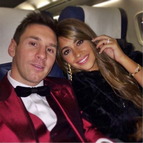 messi and wife antonella roccuzzo lionel messi s wife bio wiki