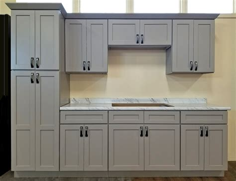 pictures for kitchen cabinets stone harbor gray kitchen cabinets builders surplus