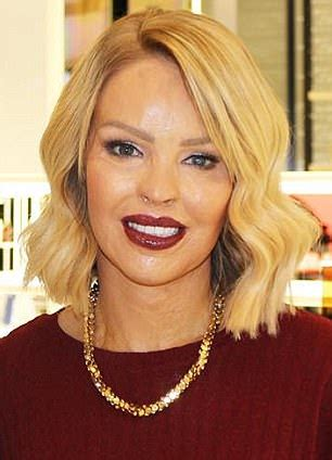 what are the scars from on katies face vanderpump rules katie piper reveals makeup is tool box for confidence
