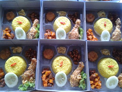 Sale Claris Set Of 4 Lunch Box Kotak Makan Coolsaver 750 Ml 17 nasi box medan jogja purwokerto wohlstand supplier warna cat kumpulan artikel menarik nasi