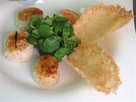 Recette Tuile Parmesan by Salade Noix De Jacques Et Tuiles Au Parmesan La