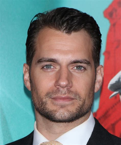 henry cavill hairstyle henry cavill short straight formal hairstyle dark brunette