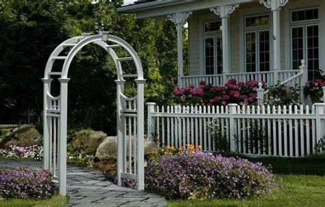 White Trellis Garden White Wood Trellis Garden