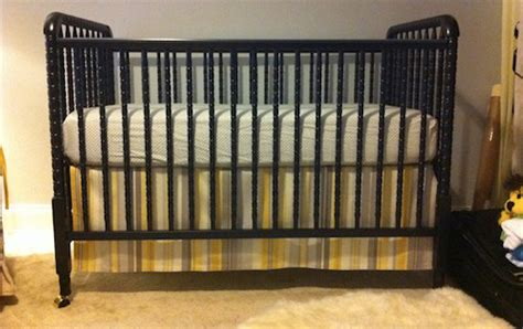 plans to build make your own crib skirt pdf plans
