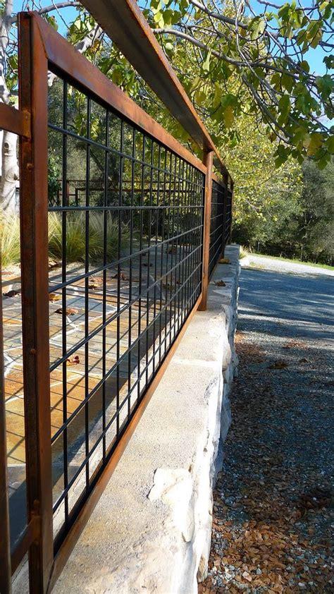 Metal Trellis Fence Best 25 Cattle Panel Fence Ideas On Cattle