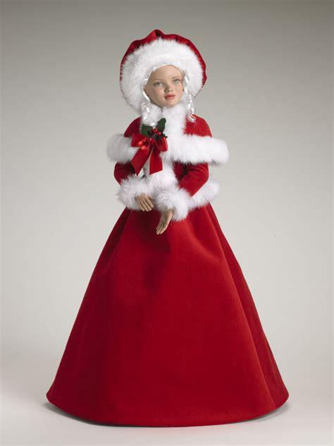 santa mrs claus mrs santa claus and santa s elves collection tonner