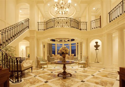 Beautifully Decorated Homes For Christmas 16 awesome mansion staircases perfect for your dream home