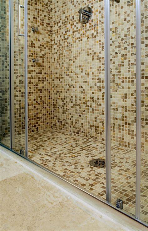 docce mosaico rivestimenti doccia in mosaico esempi mosaici bagno by
