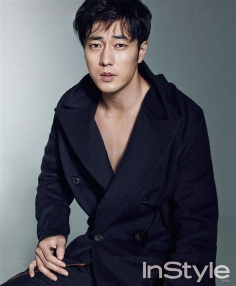 so ji sub hat 21 hot korean men holding cute animals actores