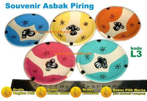 Jual Batok Kelapa Sukabumi souvenir asbak piring l3 souvenir pernikahan