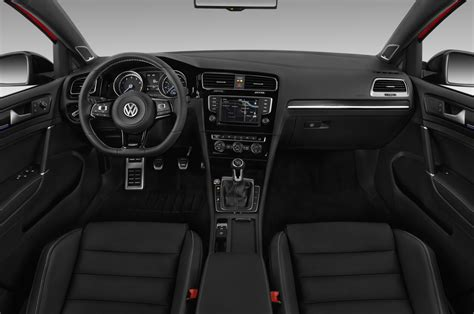 volkswagen golf wagon interior 2016 volkswagen golf reviews and rating motor trend