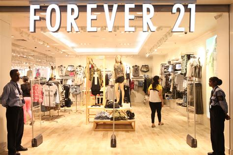 Home Design Stores Paris by Forever 21 Coming Back To Downtown Brooklyn The