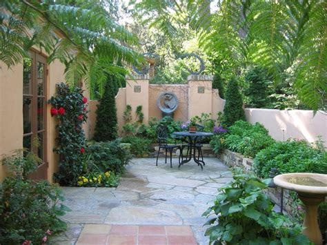 Courtyard Ideas Design by Courtyard Design Ideas Exterior Mediterranean With Wood