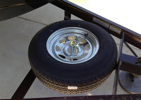 tracker boat trailer tires how to choose a boat trailer