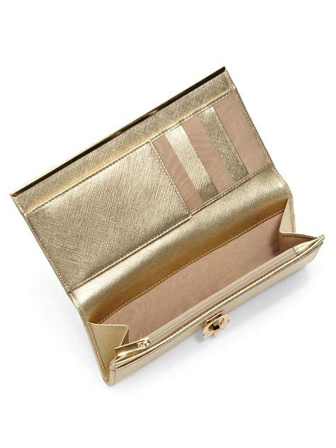 Walet Premium Gold Walet Gold lyst ferragamo gancini icona glossy metallic continental wallet in metallic