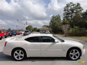 white 2009 dodge charger r t exterior photo