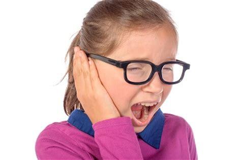 ear bleeding bleeding ear causes and remedies phaa