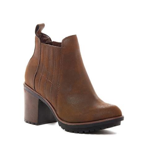 rocket raegan block heel ankle chelsea boots
