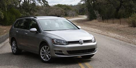 Guide De L Auto Golf 2015 by Volkswagen Golf Sportwagon 2015 Espace Et Style Aussi