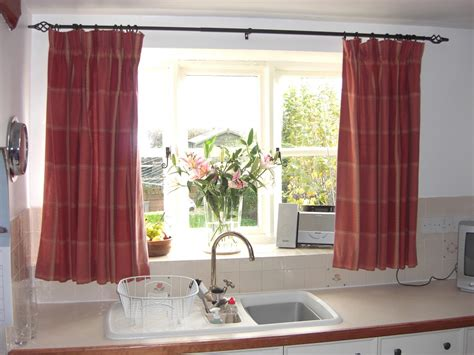 kitchen curtains 6 kitchen curtain ideas messagenote