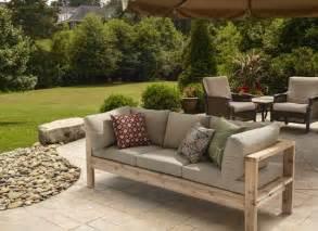 Outdoor furniture diy easy patio bench diy outdoor sofas arm outdoor