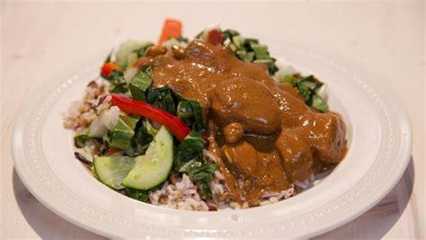 Calystakitchen Rendang Babi Rendang Pork sat 233 zonder stokjes recept 24kitchen food vzl diner chicken maindish hoofdgerecht