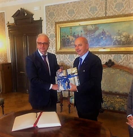 consolato ucraino in italia consolato ucraina