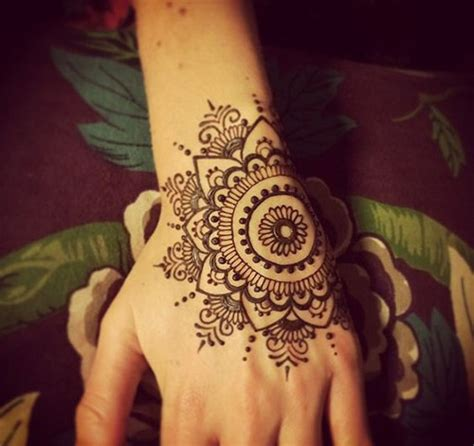 85 easy and simple henna designs ideas that you can do by