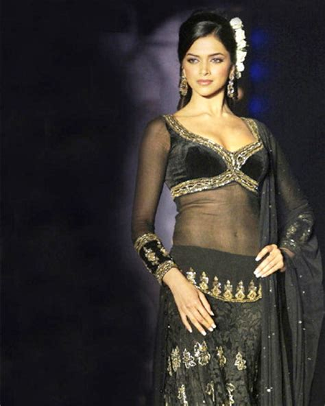 aishwarya vs rekha dil cheez kya hai hd theme ideas dress up like never before