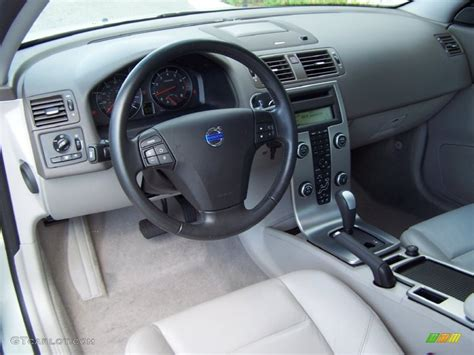 vehicle repair manual 2010 volvo c30 interior lighting quartz interior 2008 volvo c30 t5 version 2 0 photo