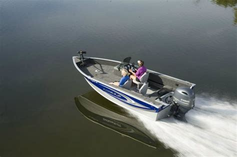 smoker craft boats for sale alberta 2015 smoker craft 171 pro angler xl buyers guide boattest ca