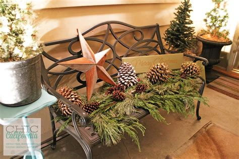 Front Door Ideas holiday decorating inspiration