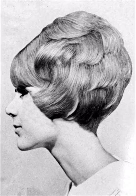 Niya Lee Haircut | 1960s layered hairstyles pictures of 1960s shag