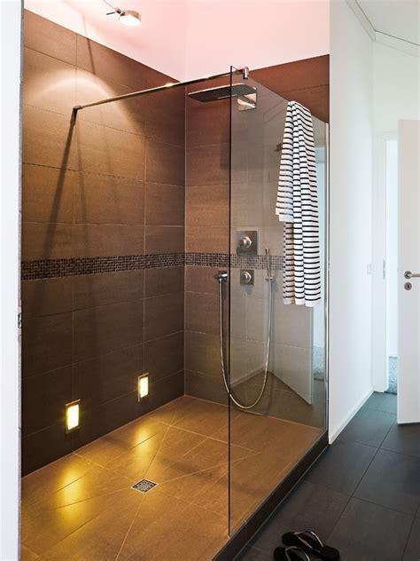 offene dusche wellness mit weitsicht zuhause wohnen