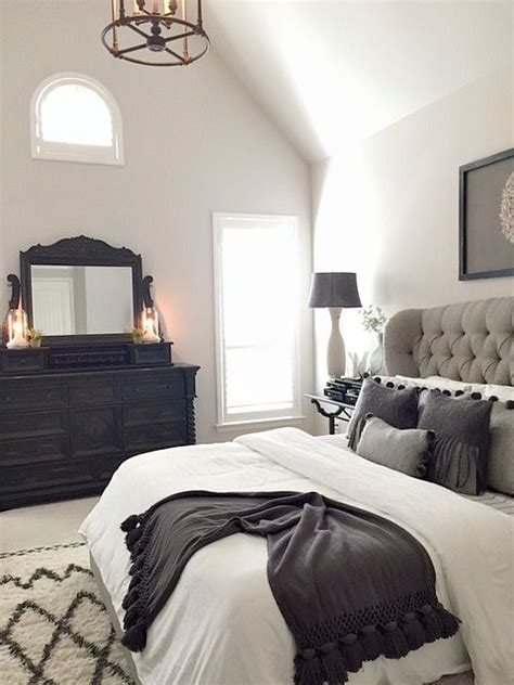 gray black and white bedroom best 25 black master bedroom ideas on