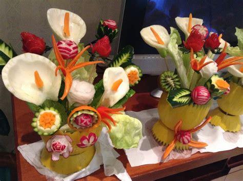 vasi di frutta 113 fantastiche immagini su fruit carving su