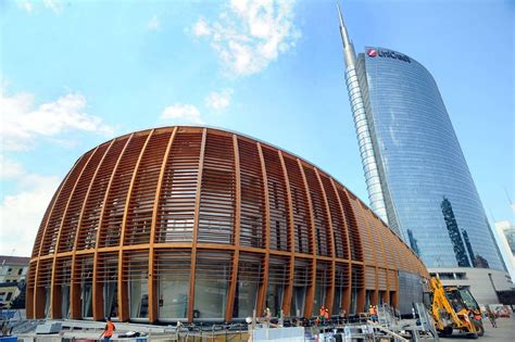 unicredit sede centrale porta nuova il pavilion di unicredit corriere it