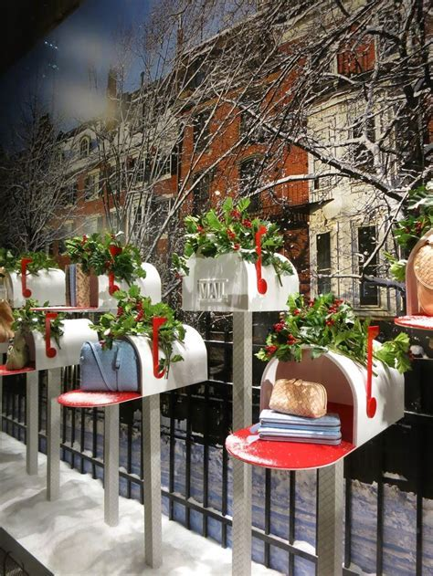 17 Best ideas about Christmas Windows on Pinterest