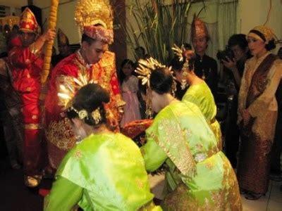 pantun adat minangkabau baralekdi blogspot meriahnya pesta pernikahan adat minang