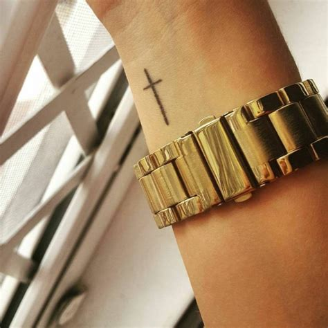 cross tattoos for womens wrist best 25 cross wrist ideas on