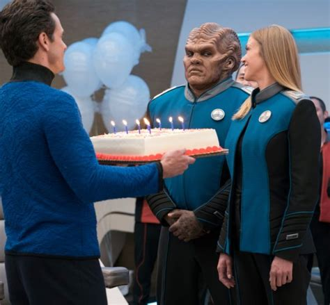 peter macon birthday review the orville makes first contact in all the