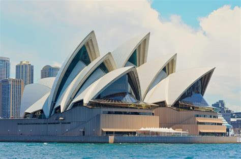 sydney opera house to join anti selfie stick brigade