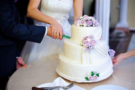 Was Kostet Eine Hochzeit by Was Kostet Eine Hochzeitstorte Liebe Zur Hochzeit