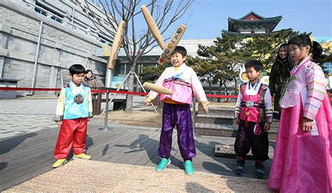 new year traditions in korea seollal korean lunar new year traditions and food