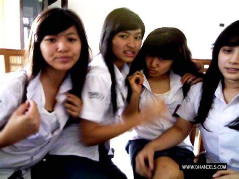 film remaja anak sekolah indonesia daftar orang hilang dan terbuang pelajar ini foto mesum