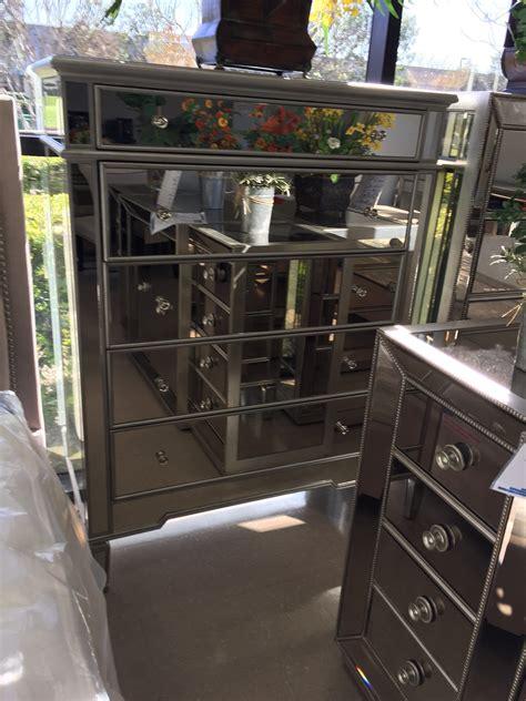hayworth mirrored  drawer chest