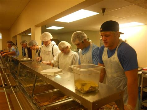 lincoln city mission ashland greenwood schools nhs students serve at