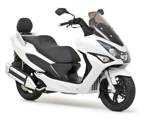 Motorroller Gebraucht Kaufen Wien by Gebrauchte Daelim S3 125 Motorr 228 Der Kaufen